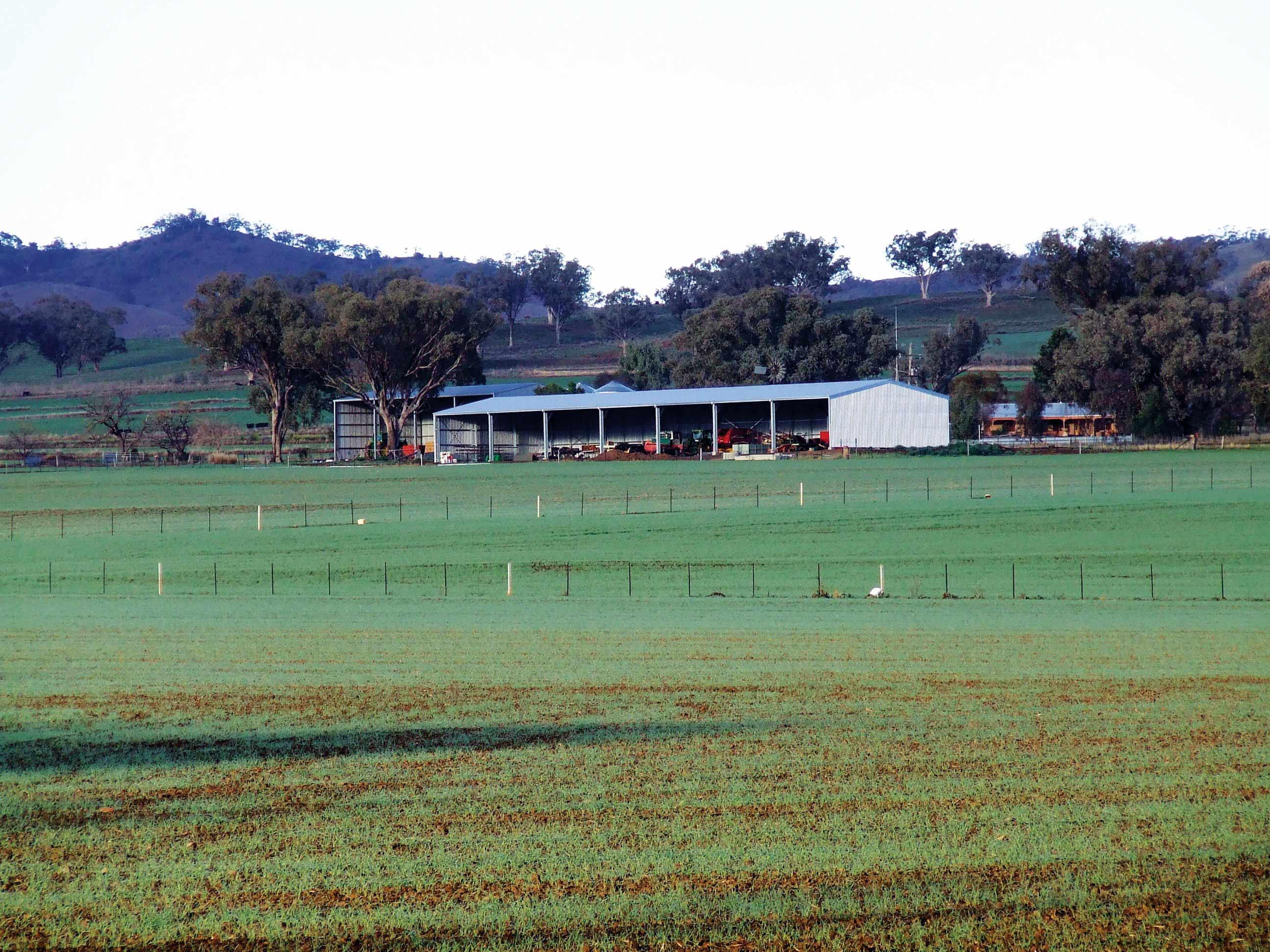 Farm sheds and machinery sheds
